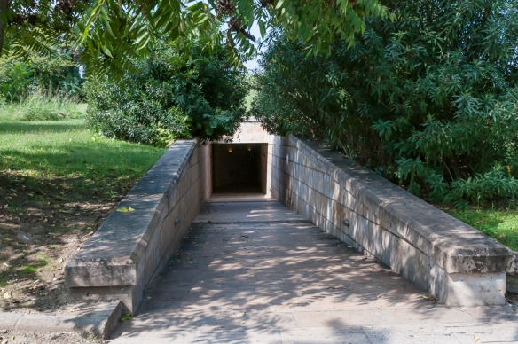 Mound entrance at Vergina