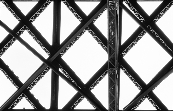 Tour Eiffel - girders